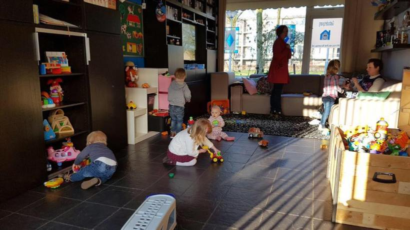 Children playing in the livingroom